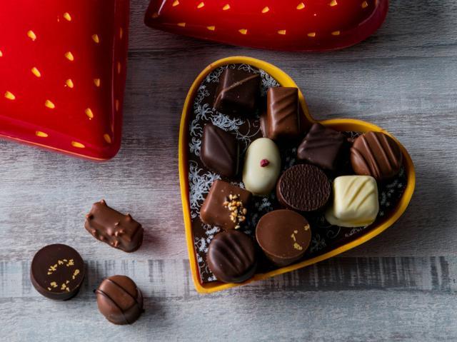 画像2: 【ヒルトン東京】苺ボックスのバレンタインチョコレート
