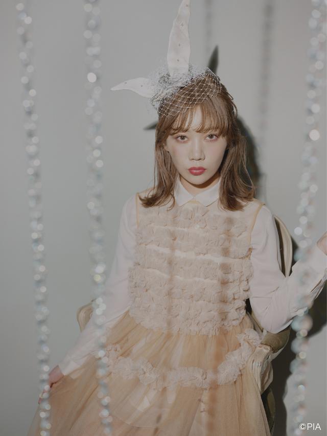 画像1: シンガーソングライターMACOと カラーコンタクト通販ショップ「LILY ANNA」が コラボレーション!