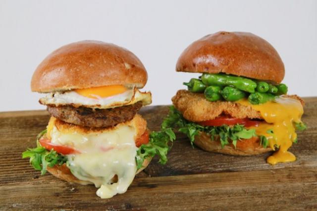 画像1: GOKU BURGERの春は食感で勝負!!サクットロッ食感の「チーズの女王カマンベールチーズカツバーガー」&サクッしっとり食感の「ミラノ風チキンカツバーガー」