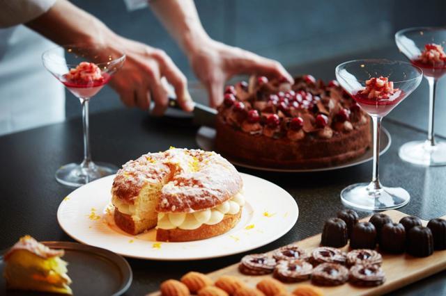画像1: 【アマン東京】イタリアンレストラン「アルヴァ」で春のフルーツが満載のデザートをコースで楽しむ『ドルチェ in アルヴァ』を開催
