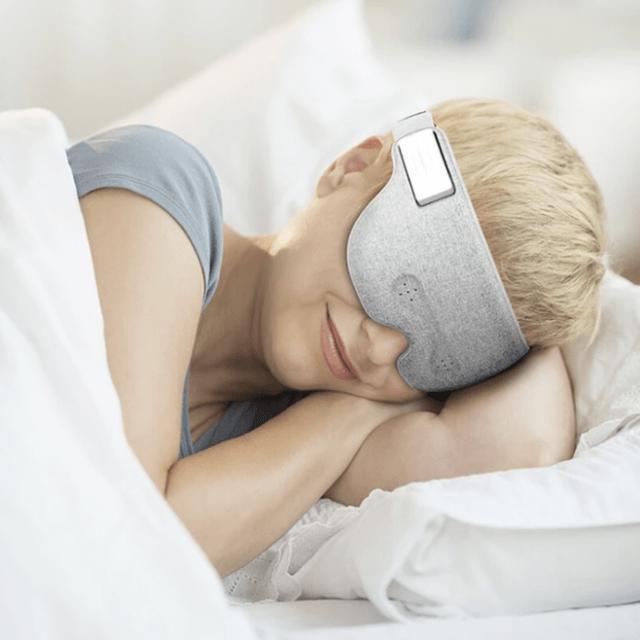 画像1: スマートなアイマスク「LUUNA」!最先端の脳波センサーとAIでスムーズな入眠とスッキリとした目覚めを実現!