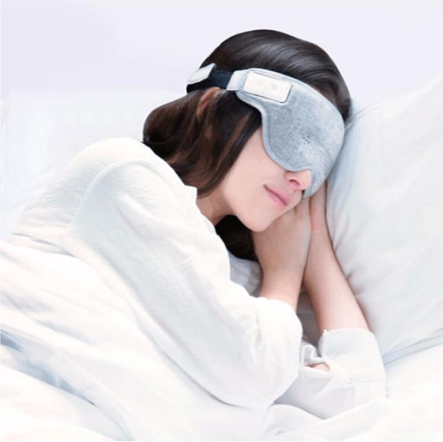 画像2: スマートなアイマスク「LUUNA」!最先端の脳波センサーとAIでスムーズな入眠とスッキリとした目覚めを実現!