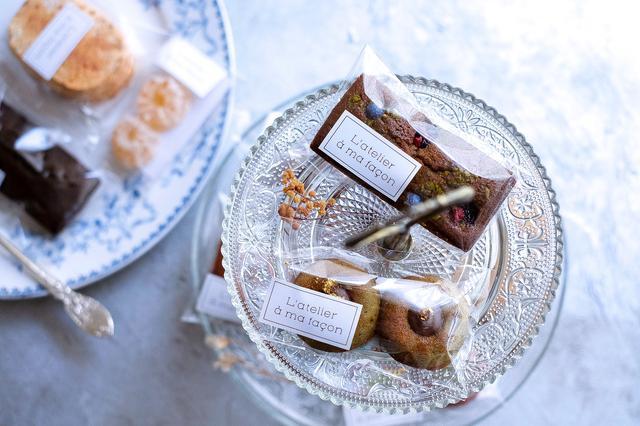 画像: 焼き菓子(フィナンシェ、ティグレ、ダックワーズ、パート・ド・フリュイなど)もフォトジェニック!