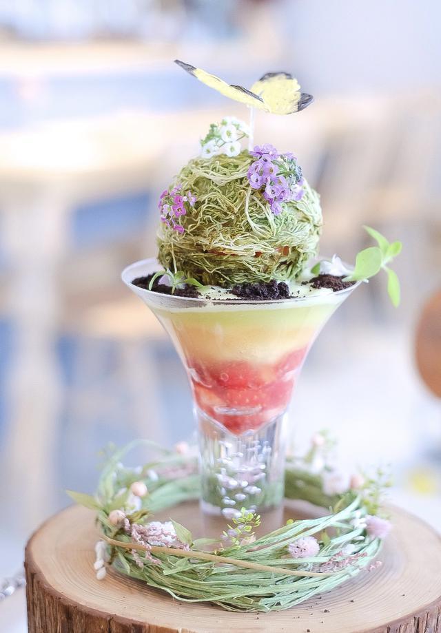 """画像: 神奈川県逗子市に店舗を構えていらっしゃる『dessert cafe HACHIDORI』の""""初蝶""""。"""
