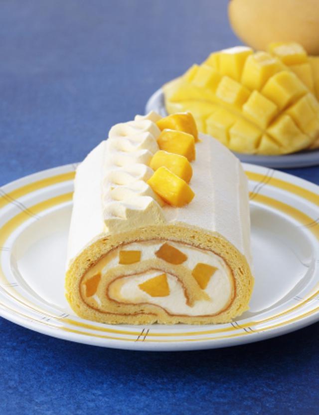 画像1: とろける甘さのマンゴーをしっとり生地で巻いた「季節のロール マンゴー」発売!