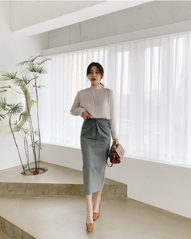 画像: ツイストHラインスカート