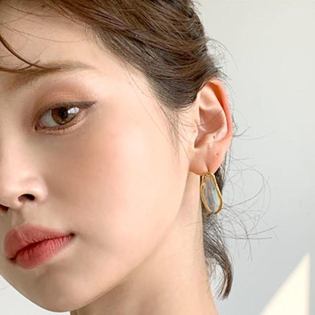 画像1: 韓国コスメセレクトショップ「CREE`MARE」が選ぶ!「VAVI MELLO」でつくる!マスクをしてても楽しめる夏のグリッターメイク❤