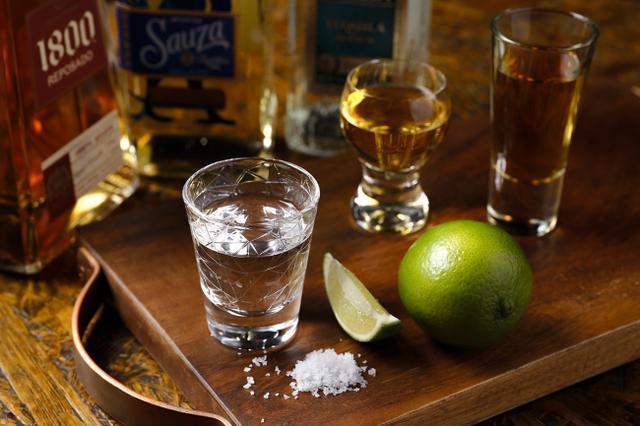 画像2: 本場メキシコのテキーラからリゾート感あふれるオリジナルカクテルまで 70種類の豊富なお酒をご用意