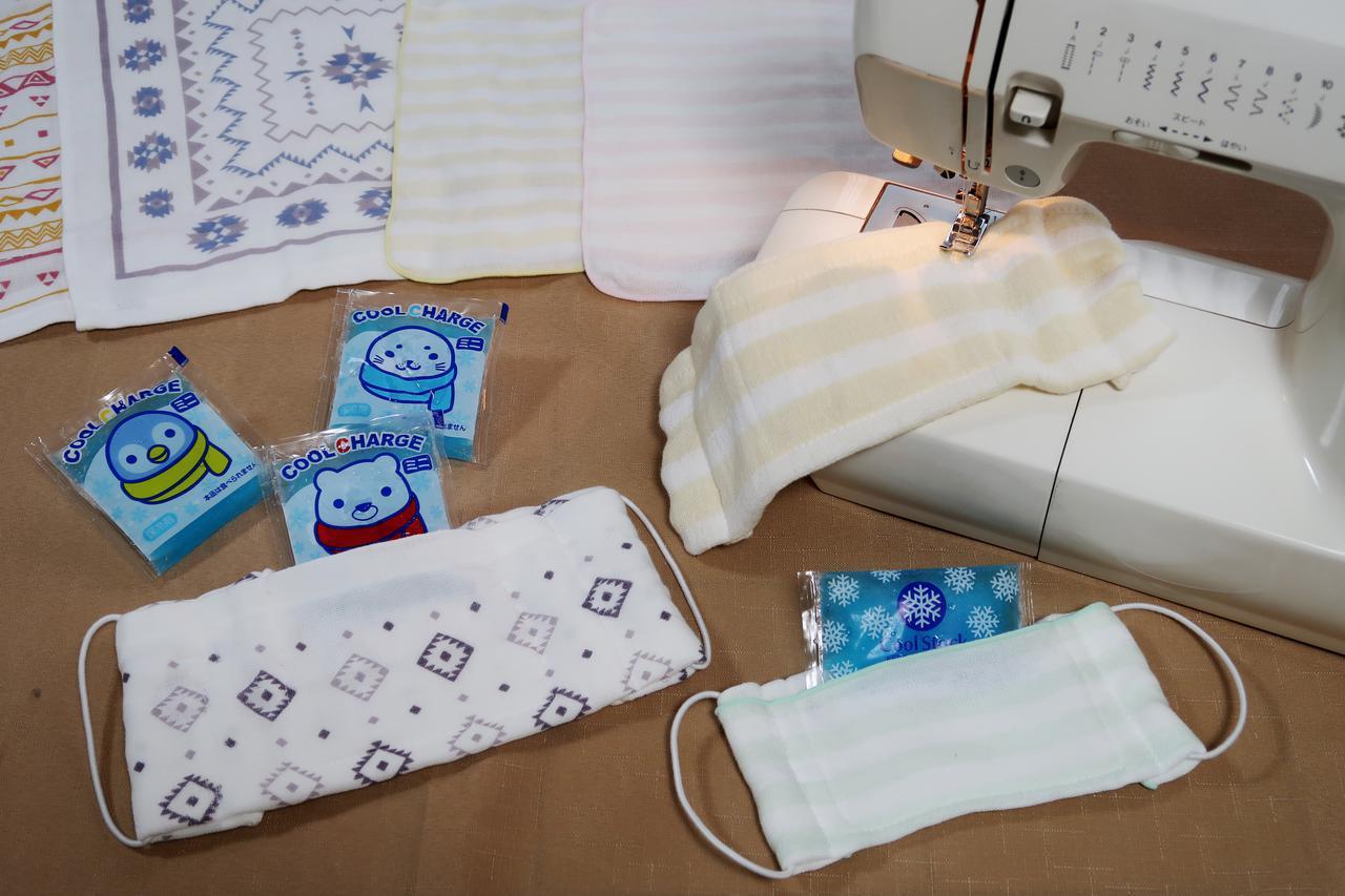 画像: 夏にひんやり♪ 保冷剤が入るポケット付きの「布マスク」を作ろう。ガーゼタオルやふきんで簡単に!