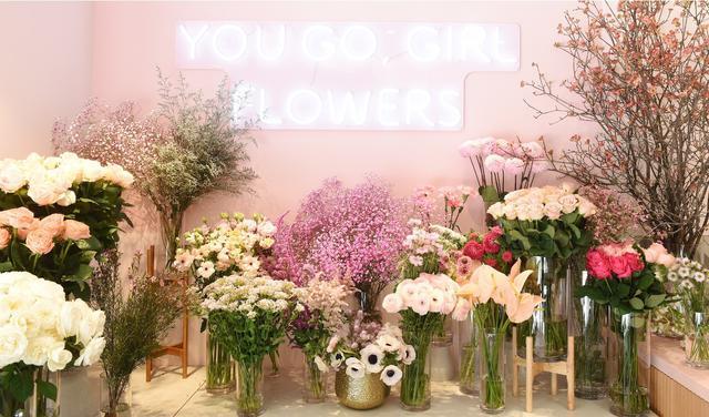 画像1: 体験型フラワーショップとカフェの複合店舗フラワーライフスタイルブランド 「FLOWERS BAKE & ICE CREAM」がオープン