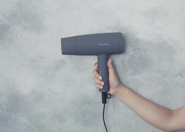 画像12: 美容家電ブランドSALONIAから「ジェンダーレスカラー」のヘアアイロン&ドライヤーが新発売