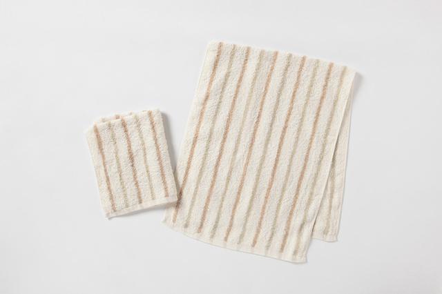 画像: フェイスタオル、ウォッシュタオル(各1枚) ほどよい薄手で吸水性が高く、乾きが早いタオルです。
