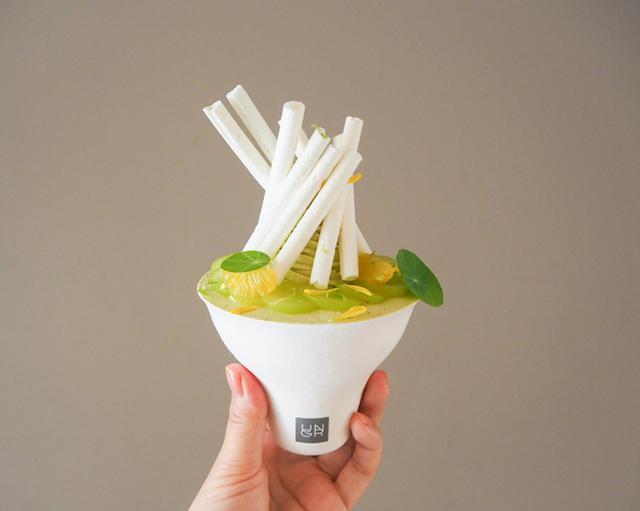 画像1: 摘果みかん・シャインマスカット・ 緑茶・マリーゴールド・ピスタチオ… 「緑」と「香り」を重ねたパフェ