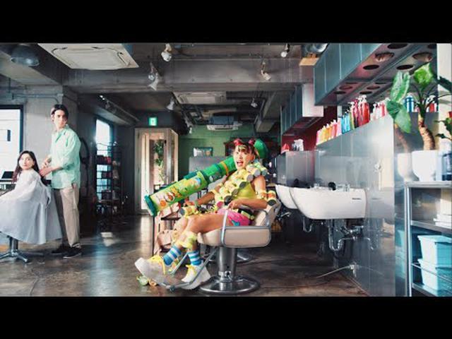 画像: フタ外れちゃうおいしさ | プリングルズ www.youtube.com