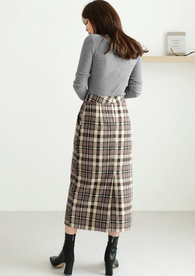 画像2: チェックHラインスカート ¥5,455 (税込)