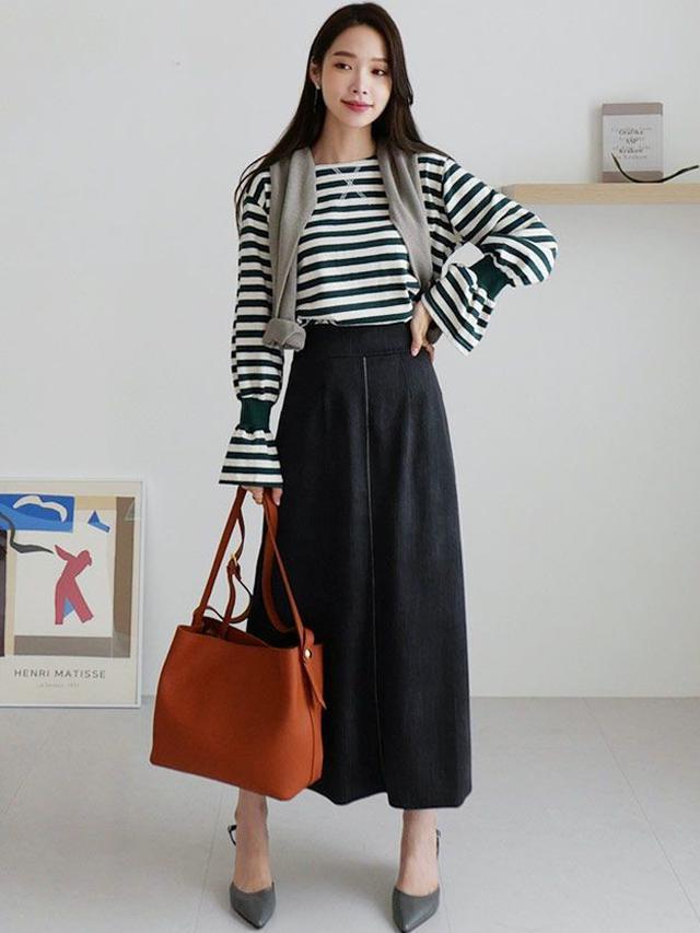 画像2: フレアデニムスカート ¥4,425 (税込)