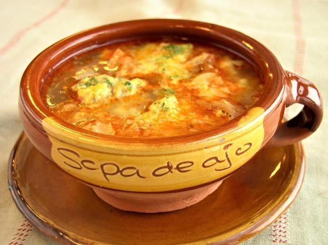 画像1: ソーパ・ディ・アホ(にんにくのスープ)