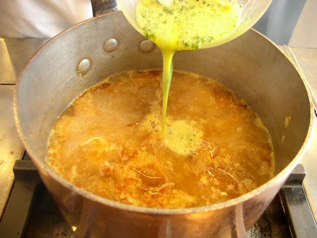画像3: ソーパ・ディ・アホ(にんにくのスープ)