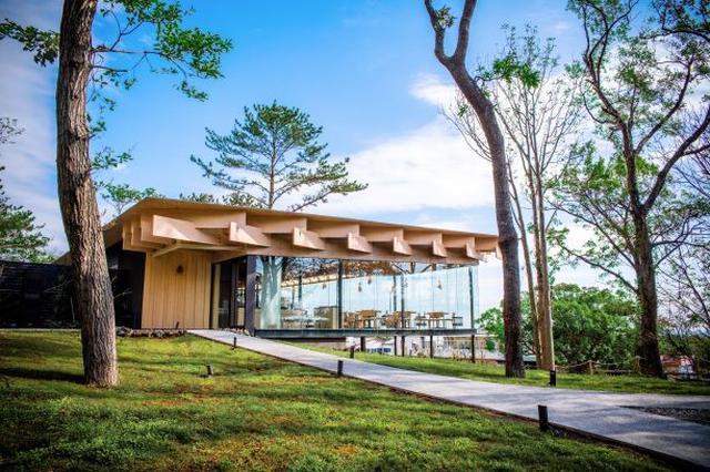 画像1: 三國清三プロデュース地中海料理レストラン「ミクニ伊豆高原」期間限定で【開業1周年記念特別コース】を提供