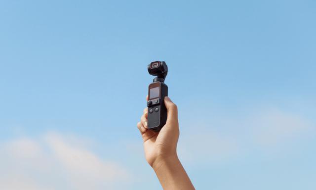 画像: 魔法のように滑らかな映像を…。コンパクトなボディに手ブレ補正機能を搭載した4Kカメラ「DJI Pocket 2」
