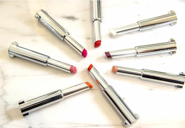 画像2: 禁断の輝きであなたの唇を彩る、ジバンシイのリップカラー♡