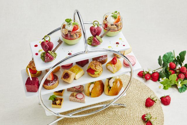 画像1: 甘美ないちごをスイーツやカクテルで。季節の美味しさを存分に味わう「ストロベリーカー二バル」