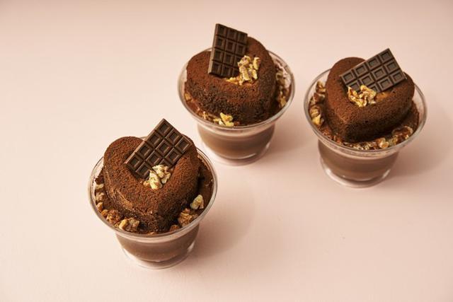 画像2: スフレパンケーキ専門店「FLIPPER'S」のストロベリーフェア