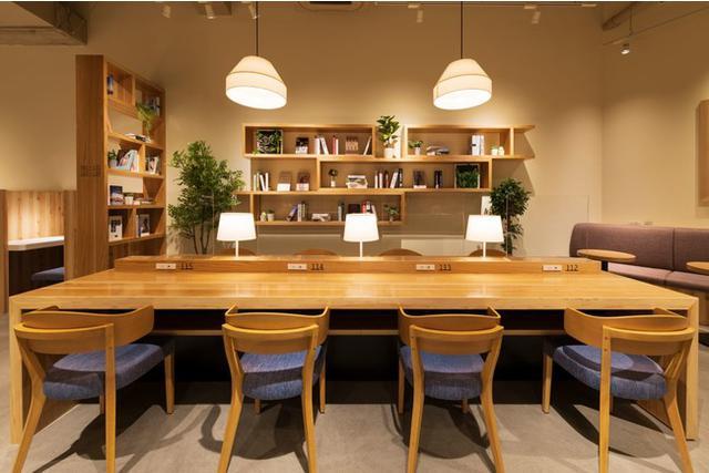"""画像2: 電源・Wi-Fi・完全個室有!自由に使える""""おひとり様向け新スタイルプライベートカフェ「Remo Cafe(リモカフェ)」"""