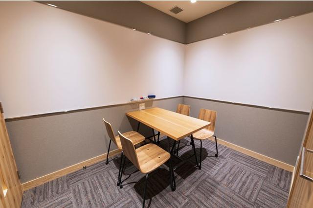 """画像6: 電源・Wi-Fi・完全個室有!自由に使える""""おひとり様向け新スタイルプライベートカフェ「Remo Cafe(リモカフェ)」"""