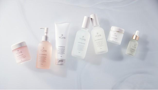 画像: 左から、クレンジングバーム、クレンジングジェル、洗顔、化粧水、美容乳液、クリーム、オイル