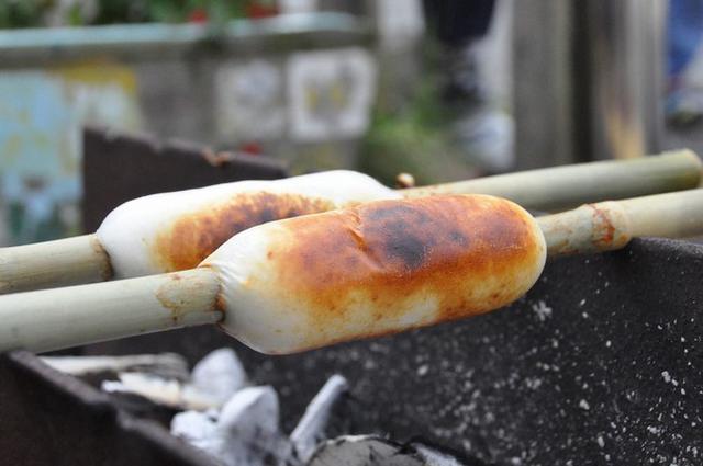 画像: お土産に最適!ぷりっとした食感の「日奈久竹輪」