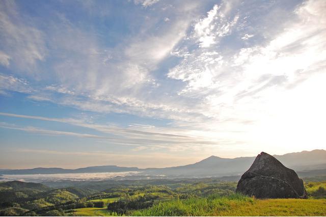 画像: 360度大パノラマ「押戸石の丘」