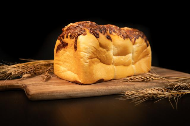 画像2: 食パンはおうち時間のすべての時間に…。