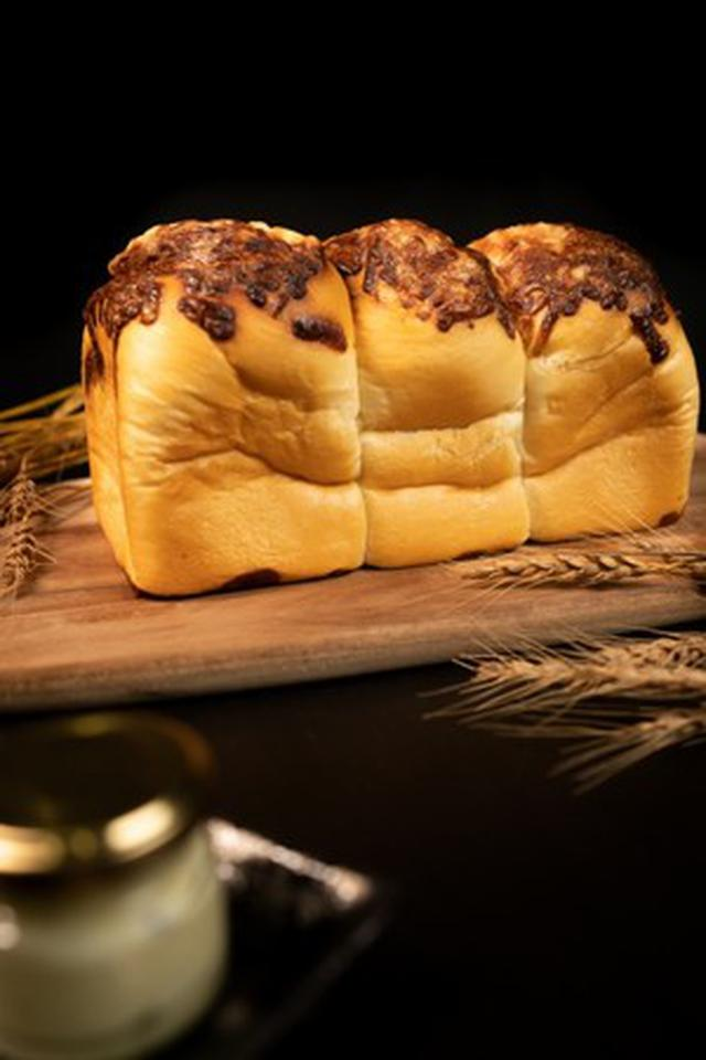 画像3: 食パンはおうち時間のすべての時間に…。