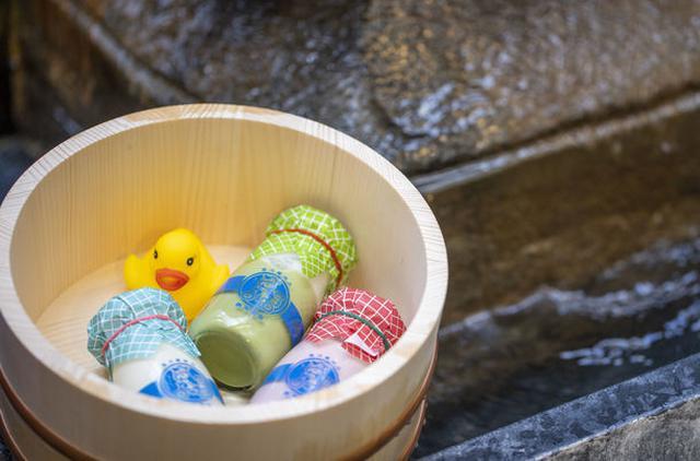 画像: 空きビルを一棟丸ごとフルリノベ。お風呂上がりを楽しむようにくつろいで!
