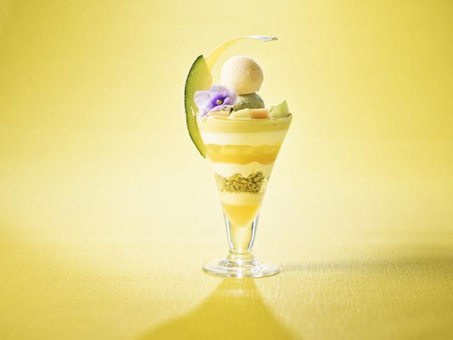 画像3: 至福の初夏デザート「ストリングス・パフェ」チョコレートとメロンの新フレーバー