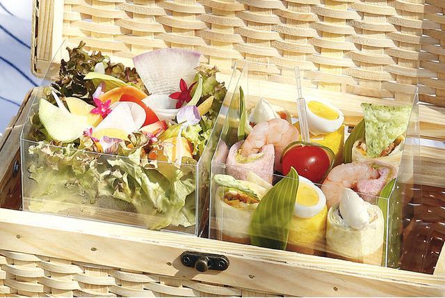 画像2: 【東京マリオットホテル】春のピクニックのお供に、彩り豊かなロールサンドなどワンハンドメニューを
