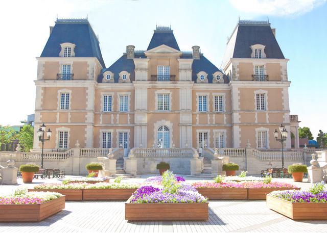 画像: 唯一無二のロケーション フランスの古城を思わせる館