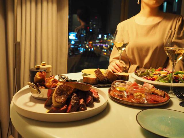 画像2: 時間を気にせず、プライベートな空間で特別なディナーを。