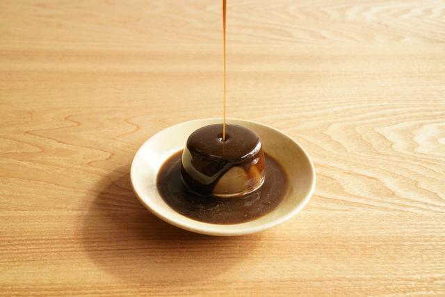 画像1: 焙じ茶パンナコッタ×焙じ茶蜜 溢れる香りととろける食感