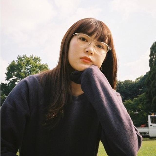 画像: 柴田ひかり ファッションセンスや独自のスタイルを併せ持ちSNSで発信するライフスタイルは同世代から絶大な支持を集める。モデル活動に加えて、フォトグラファーとしての一面も持ちブランドコラボや写真展の開催などクリエイティブな活動も行っている。 Instagram:@shibatahikari