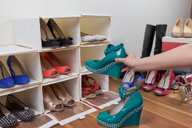 画像: 靴箱収納をすっきりと整理するコツ
