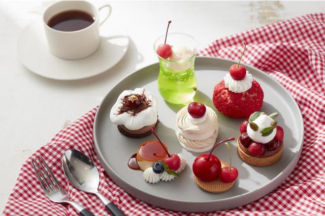 画像2: 夏が旬のさくらんぼをふんだんに使用したケーキセットが期間限定で登場