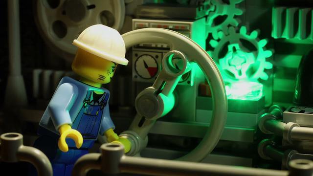 画像: adidas Originals x LEGO® I ZX 8000 'Bricks' Collection www.youtube.com
