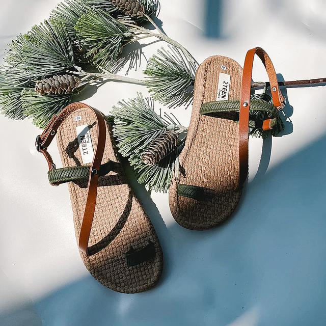 画像: Green Cross-Back Strap Sandals - 2teen_project  - スリッポン | Pinkoi
