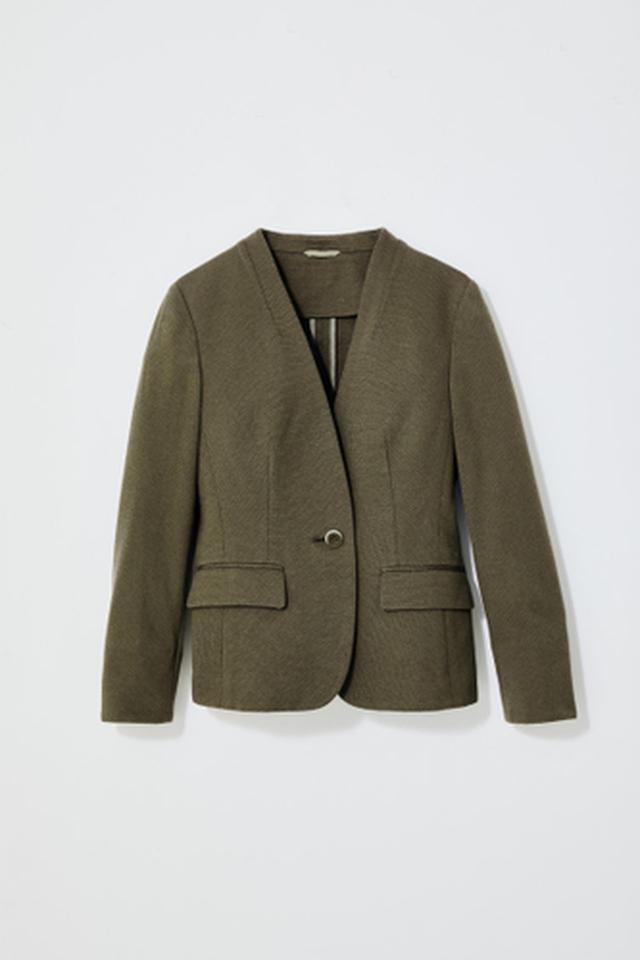 画像5: 働く女性の声を取り入れた夏仕様のセットアップスーツが新発売
