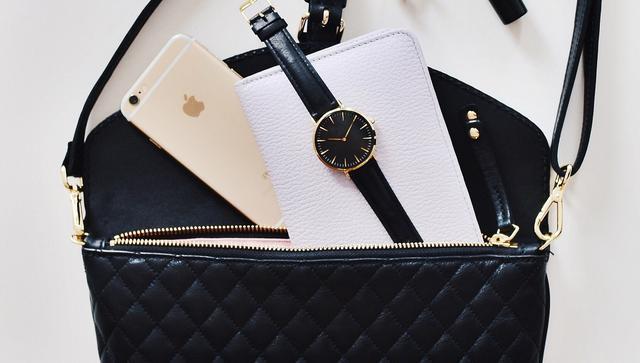 画像: 大人女子ならセリーヌの長財布♡人気の4デザインを紹介
