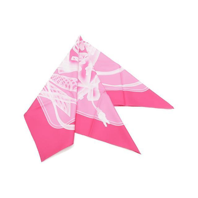 画像: 鮮やかカラーのスカーフ