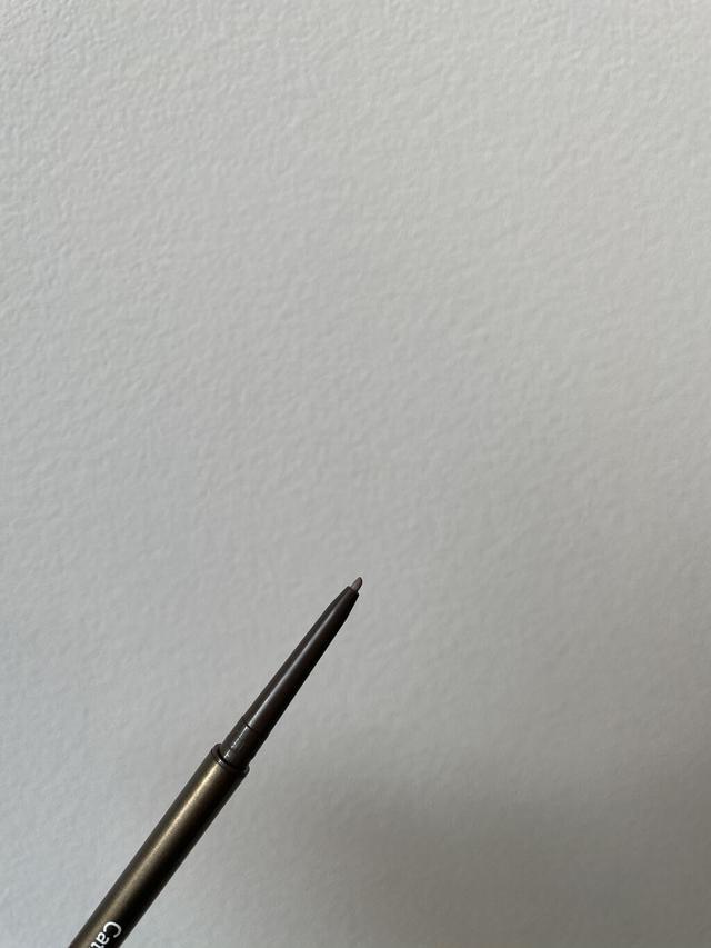 画像: 硬めな芯ですが、出し過ぎると折れるので注意!