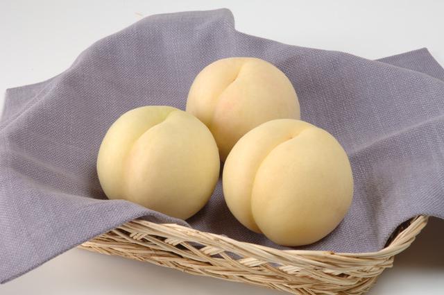 画像2: 希少な白桃「おかやま夢白桃」を使用したソフトクリーム「JPおかやま夢白桃ソフトミックス」新発売